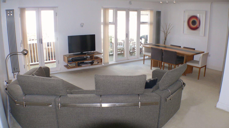 slipway+lounge+1.jpg