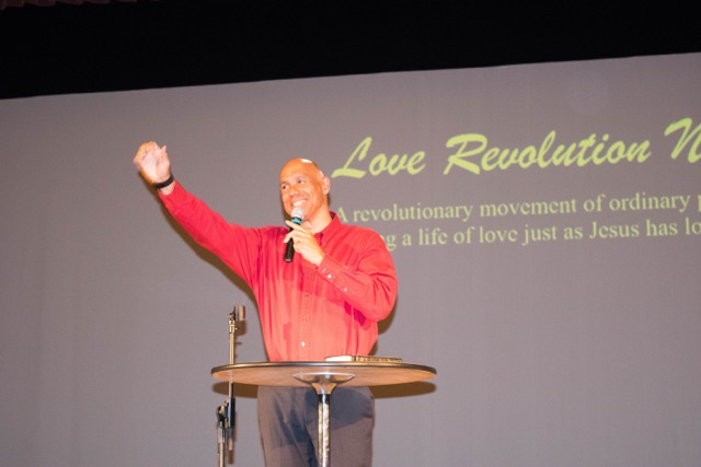 Love Revolution-72.jpeg