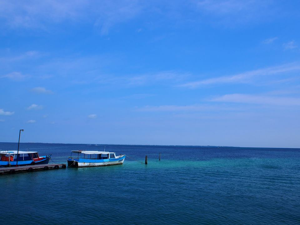 Getting on the ferry to Isla Mujeres