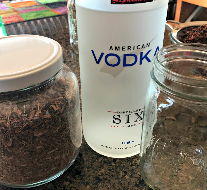 On the left is Willow bark (Salix), 80 proof vodka, and my beloved Mason jar.