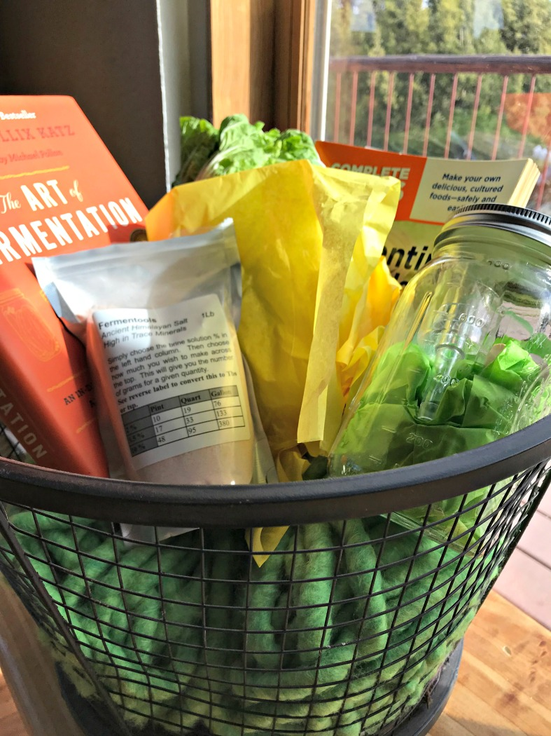 Here's a gift I got ready for a friend with a theme of fermentation! This gift was wrapped using a combination basket and Mason jar! Isn't it great?