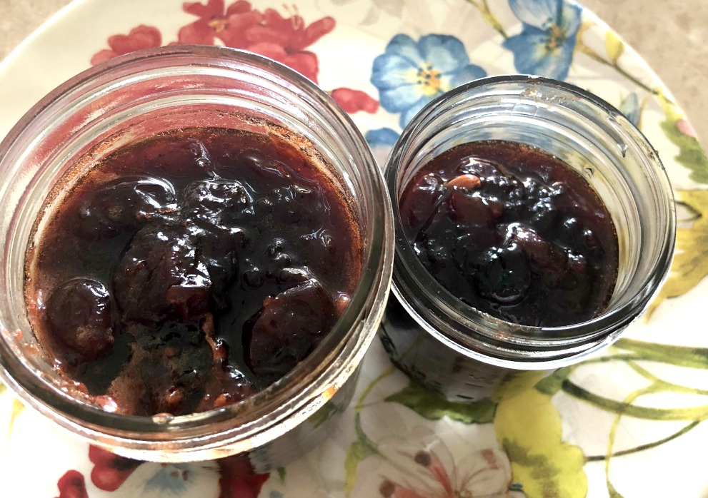 This recipe yielded a pint jar and an 8 ounce jelly jar of jam. Perfect for Mr. V. and me. You can increase the amounts if you want more!