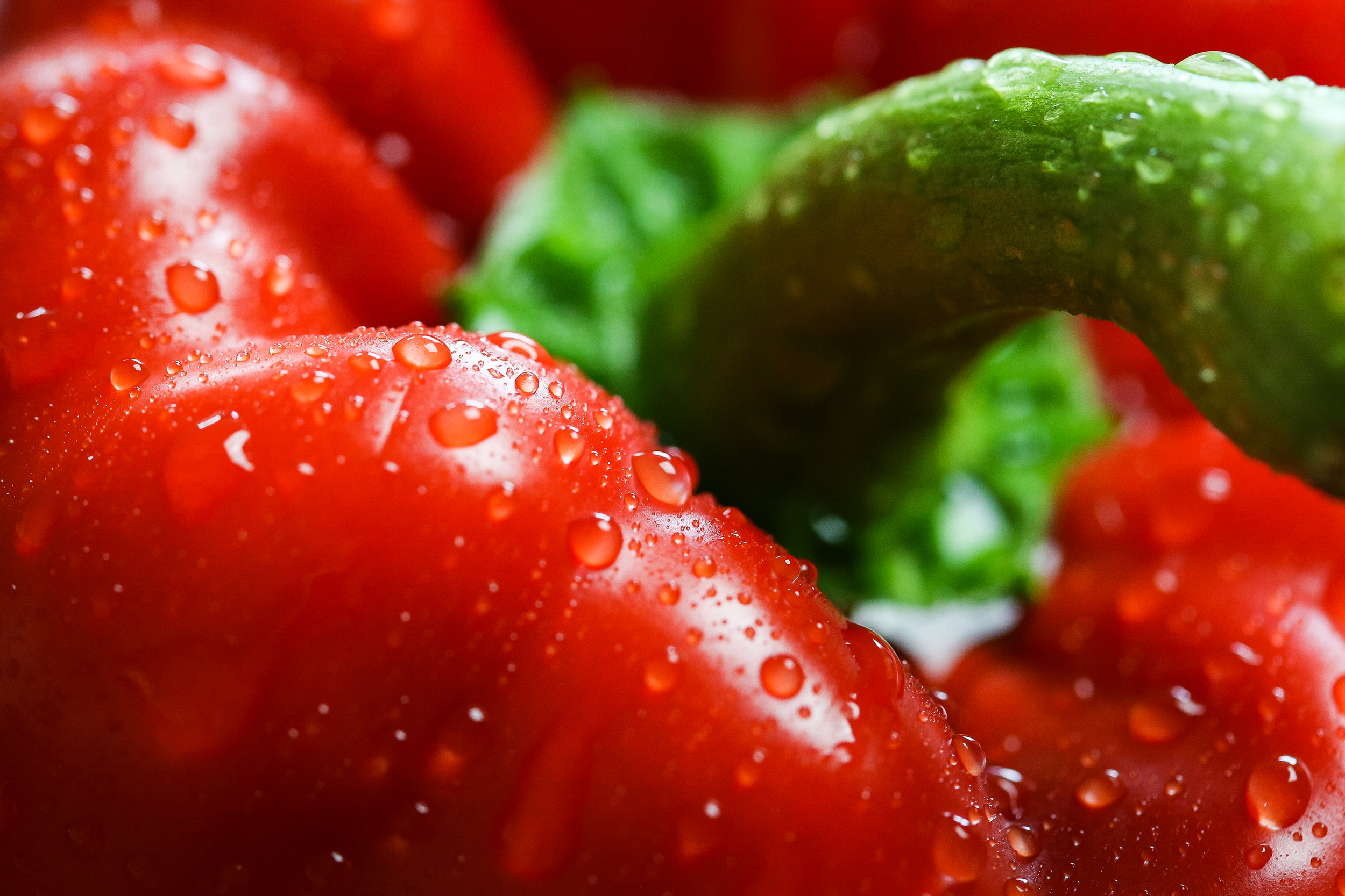 red-paprika-with-drops-close-up-picjumbo-com.jpg