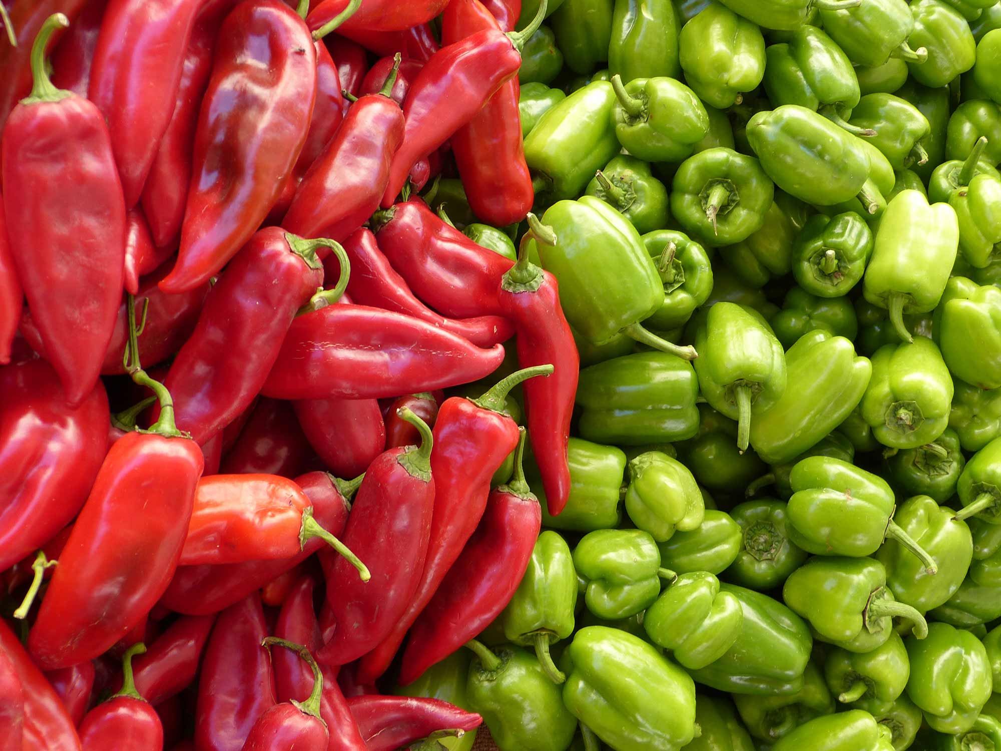 paprika-green-red-vegetables-68170.jpg