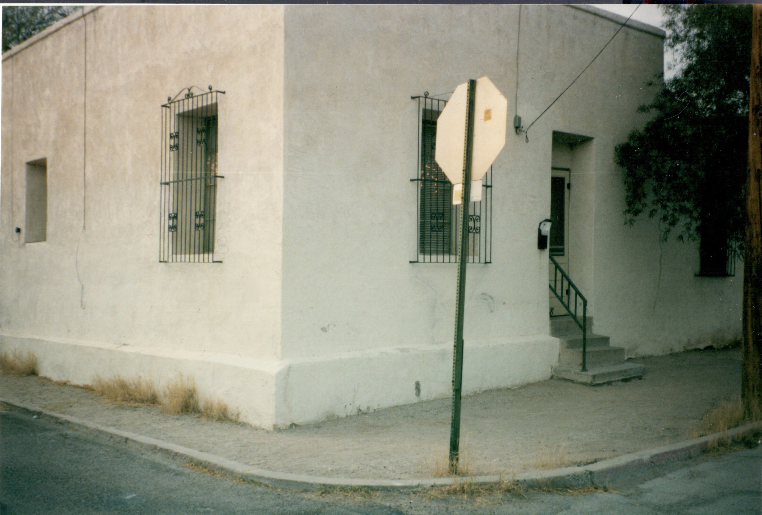 418 S. Convent was owned by the same family for about 70 years. As I recall, this was near the end of their ownership. Dec. 31, 1999.