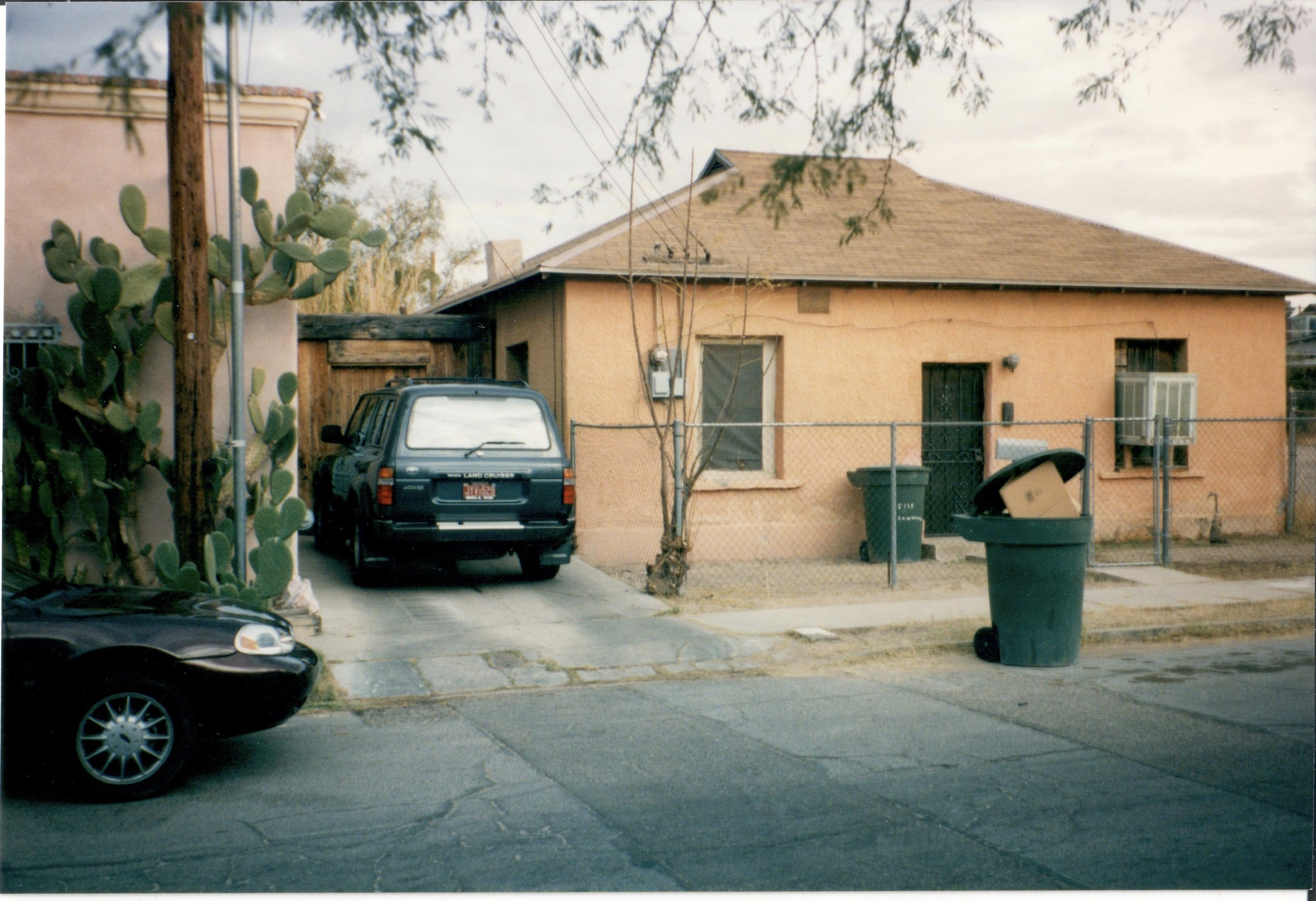 517 S. Convent in December 1999. Time has not been kind to this house.