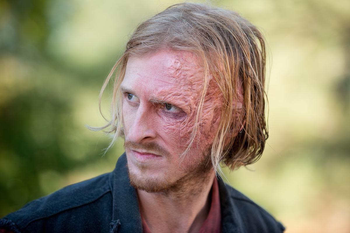 Dwight-in-The-Walking-Dead-Season-6-Episode-14.jpg