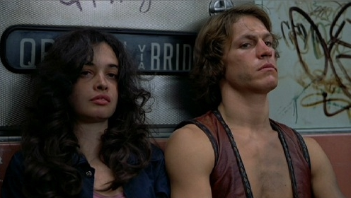 the-warriors-1979-deborah-van-valkenburgh-michael-beck-pic-2.jpg