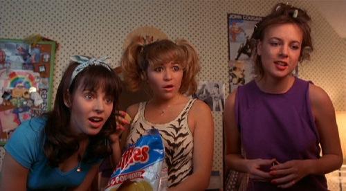 valley-girl-1983-heidi-holicker-elizabeth-dailey-michelle-meyrink-pic-3.jpg