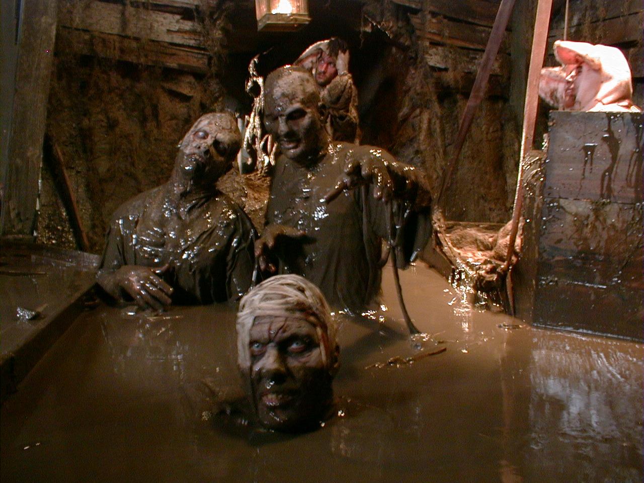 Mud Ghouls 1000 Corpses.JPG