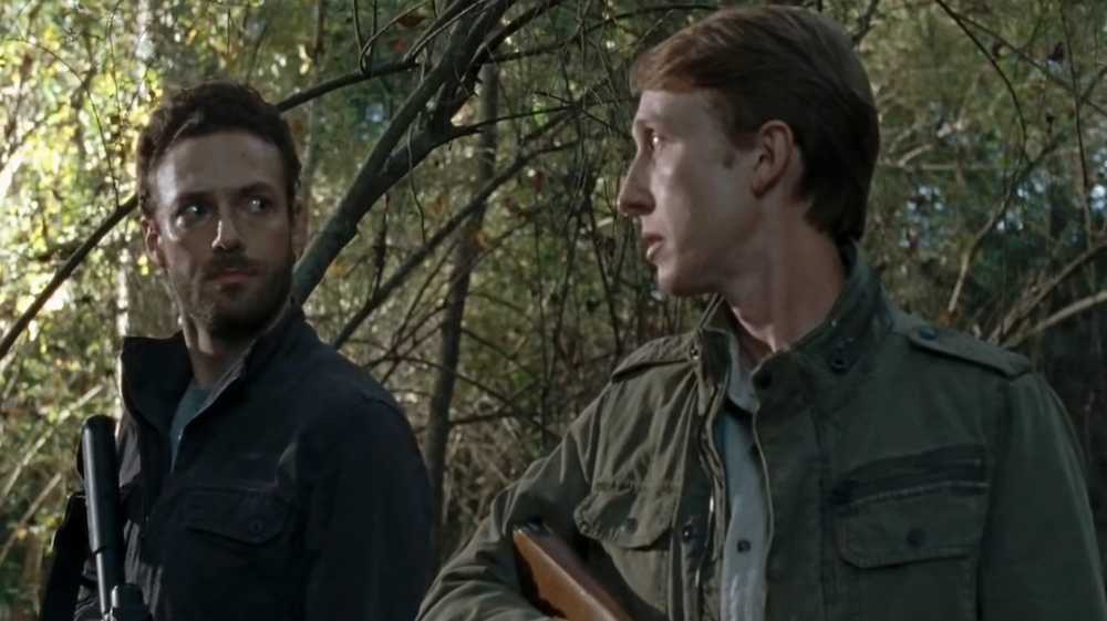 The-Walking-Dead-7.15-Something-They-Need-Aaron-and-Eric.png