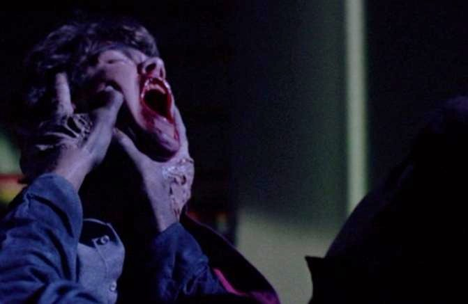 Michael_murders_Brady.jpg