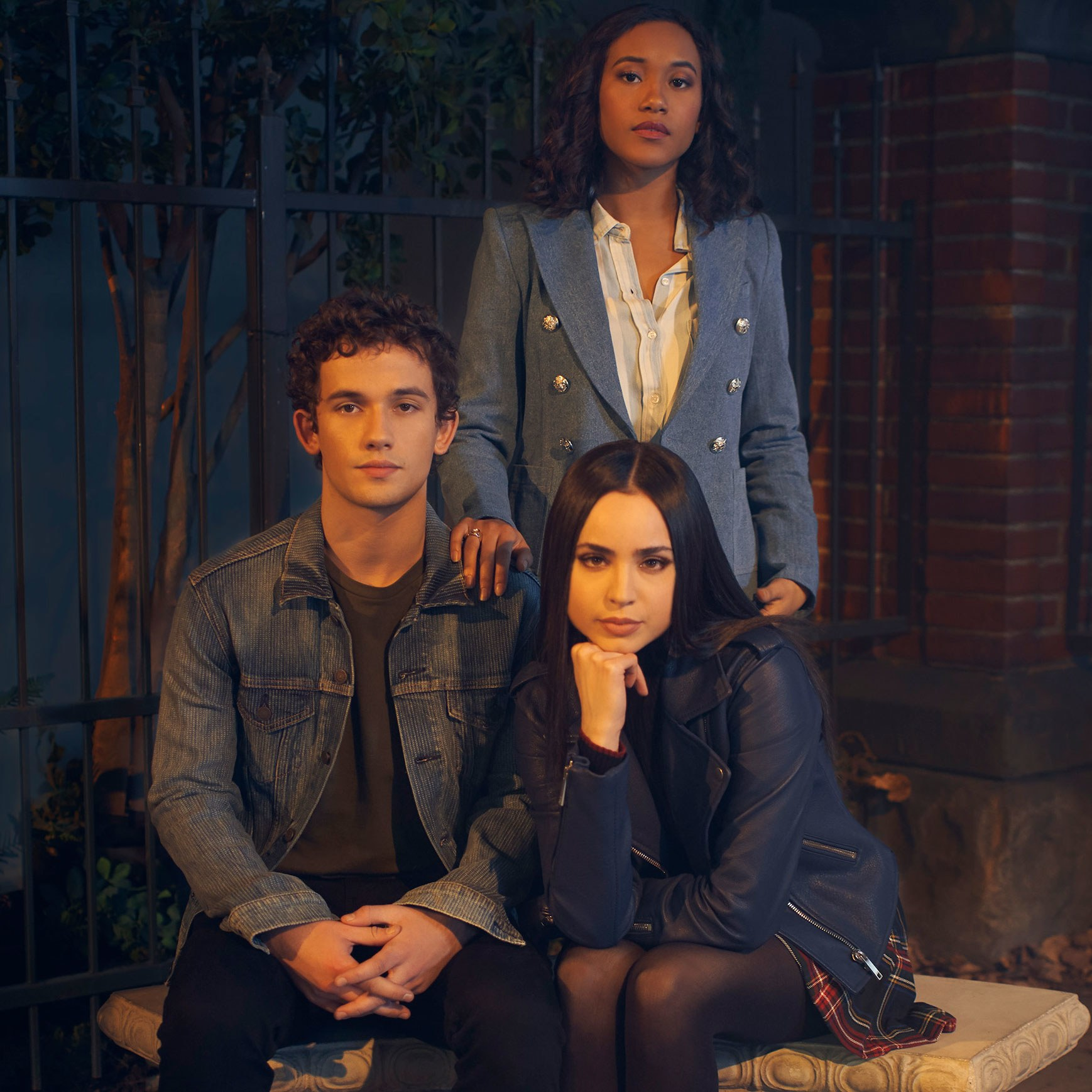 00-tout-pretty-little-liars-the-perfectionists.jpg