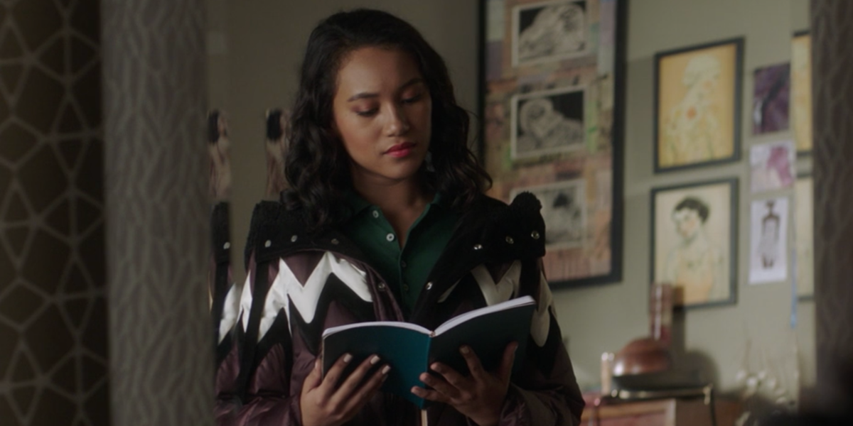 pretty-little-liars-the-perfectionists-caitlin-park-lewis-reading-1554386461.png
