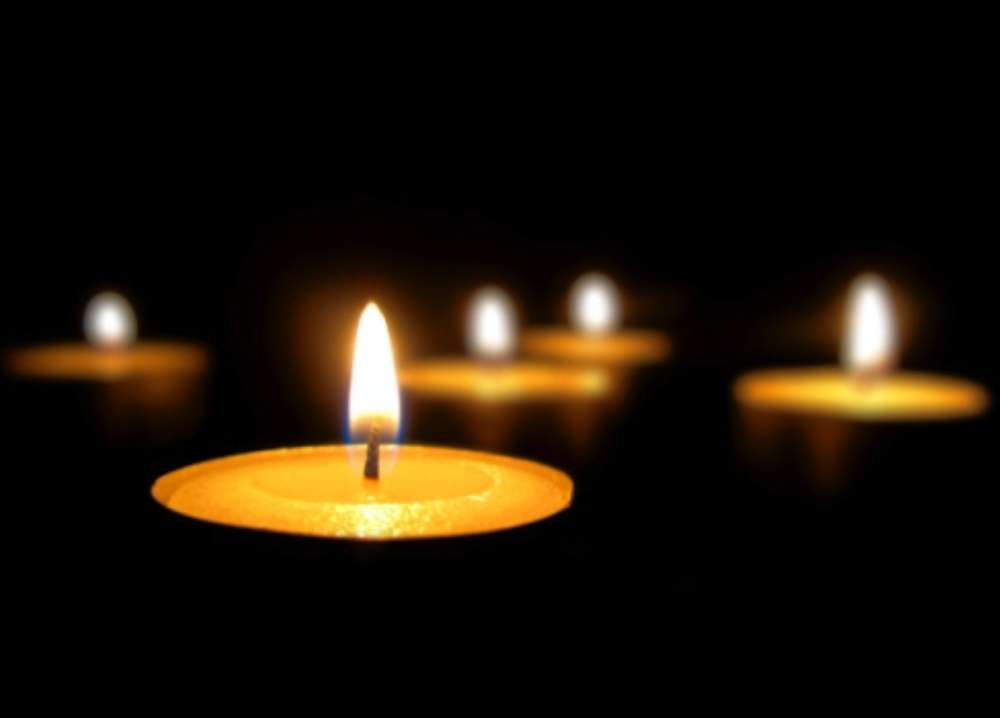 candle_122012_vr_tif_.jpg