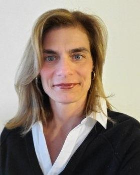 玛丽    小学部老师   现任公立学校老师,拥有教师执照,纽约大学硕士学位,教学经验近20年。