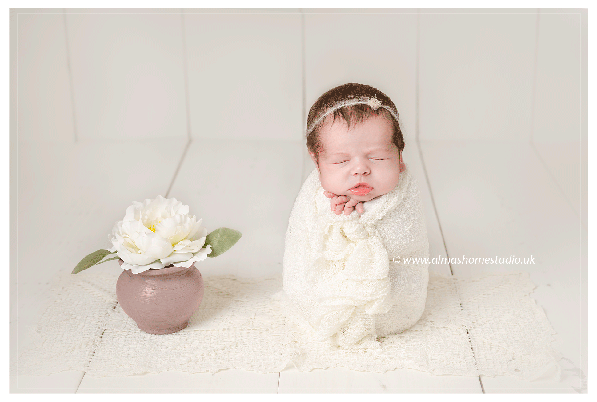 Newborn photographer based in Blandford Forum, Dorset