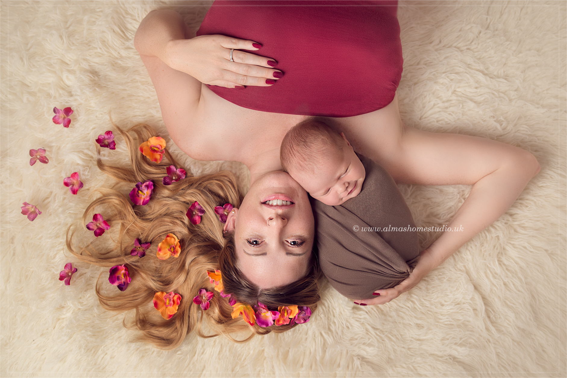 Alma's Home studio - professional newborn photographer based in Blandford Forum Dorset