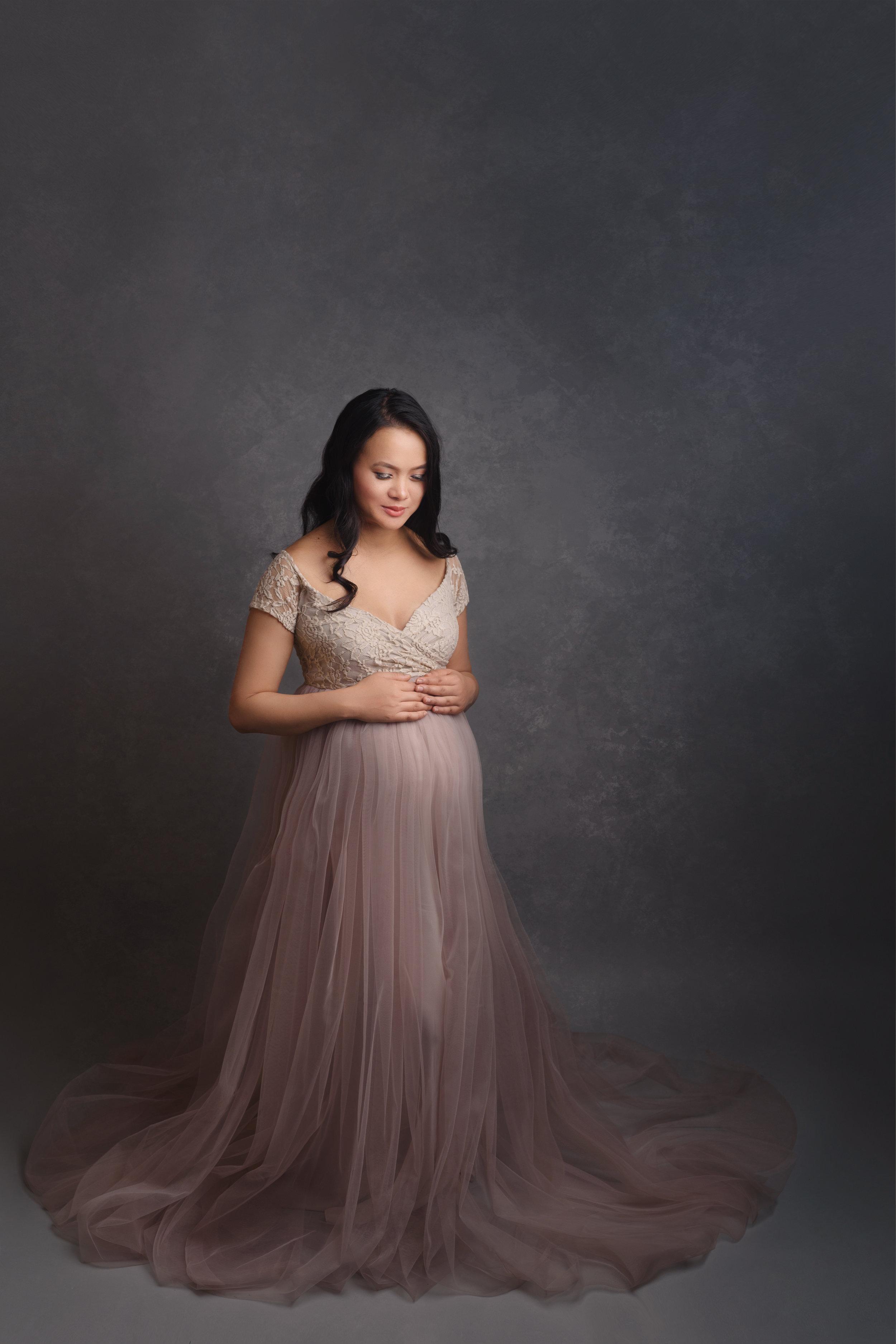 Maternity Photographer based in Dorset