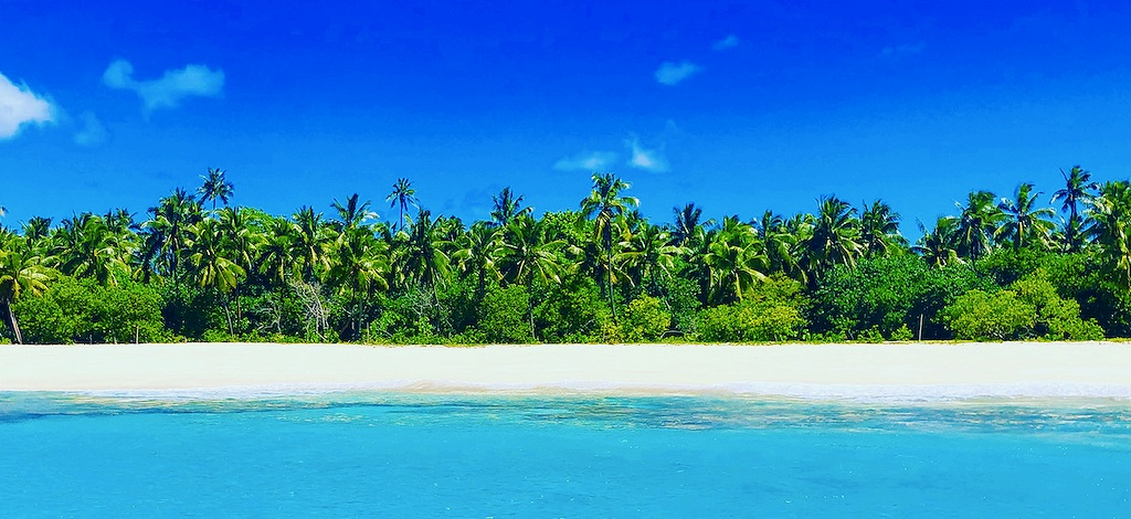 Beautiful deserted beach, Survival and Bushcraft Courses in Tonga