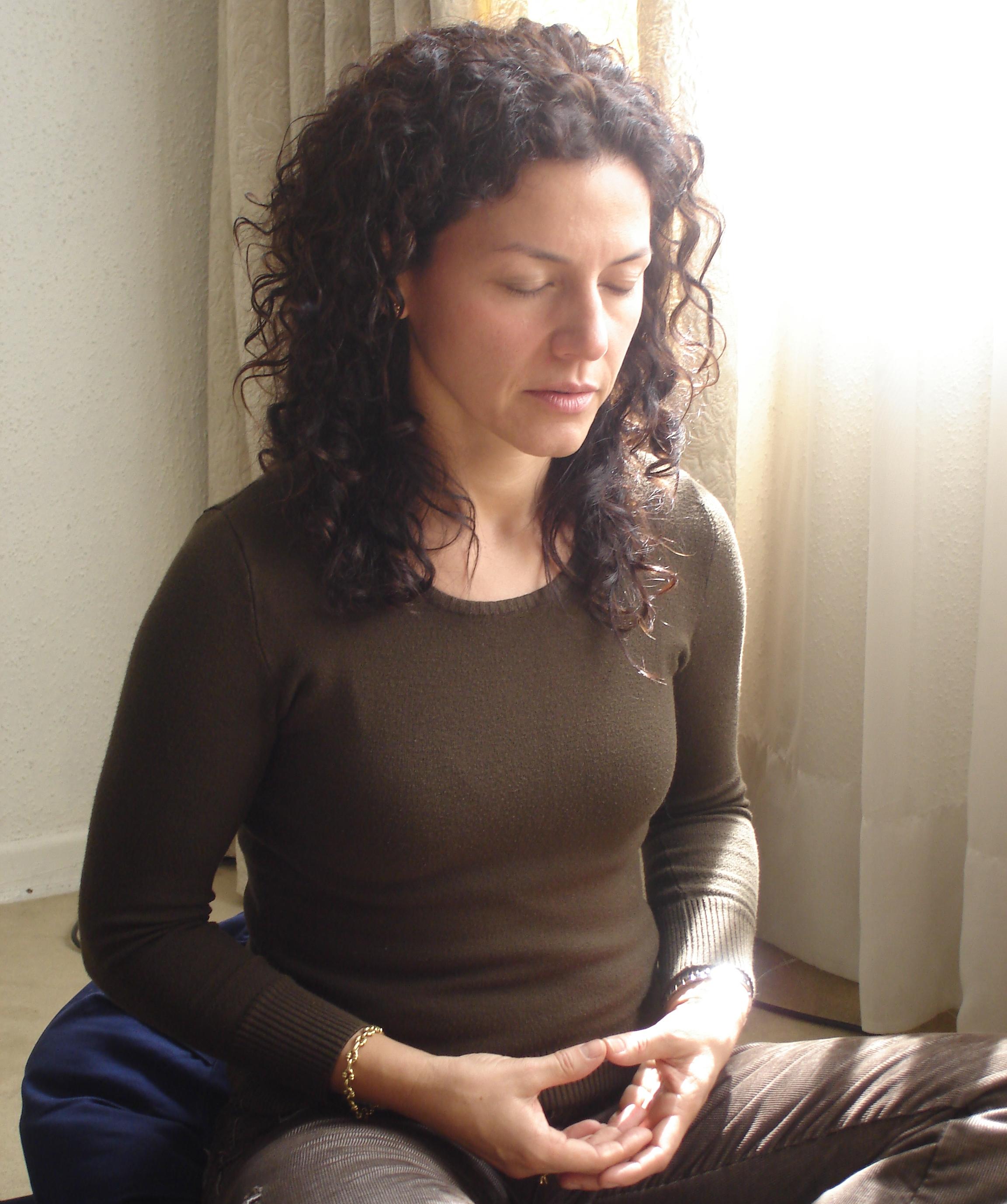 Woman Meditating ASSETt0szabw83wbazk.jpg