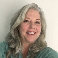 Renee Adibi has studied on Foundation and Teacher Training Program for 20 years and has developed a practical meditation practice, balanced with a busy family and work life. She teaches the Thursday lunchtime class in Dallas and is an active volunteer at KMC Texas.