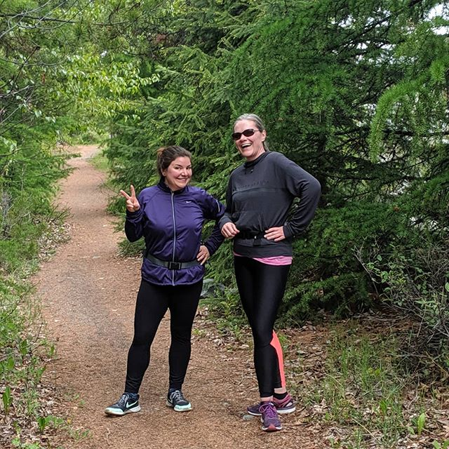 Learning to run should be FUN, right?!? These ladies definitely have the fun part nailed! Way to rock out 4.3km of trail goodness this morning 🏞️🏃🎉😎 . . . Have you ever wanted to tackle the  illustrious 5k but have no clue where to start? Or you just don't wanna go it alone?? Fresh 5k Clinic starts SOON, get in touch to be kept in da loop 😎