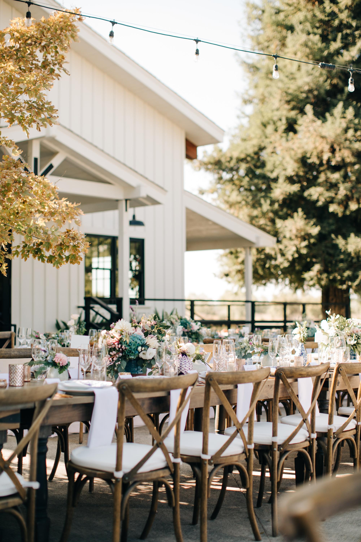 Outdoor Wedding Reception September | Fall Wedding | Barn Wedding