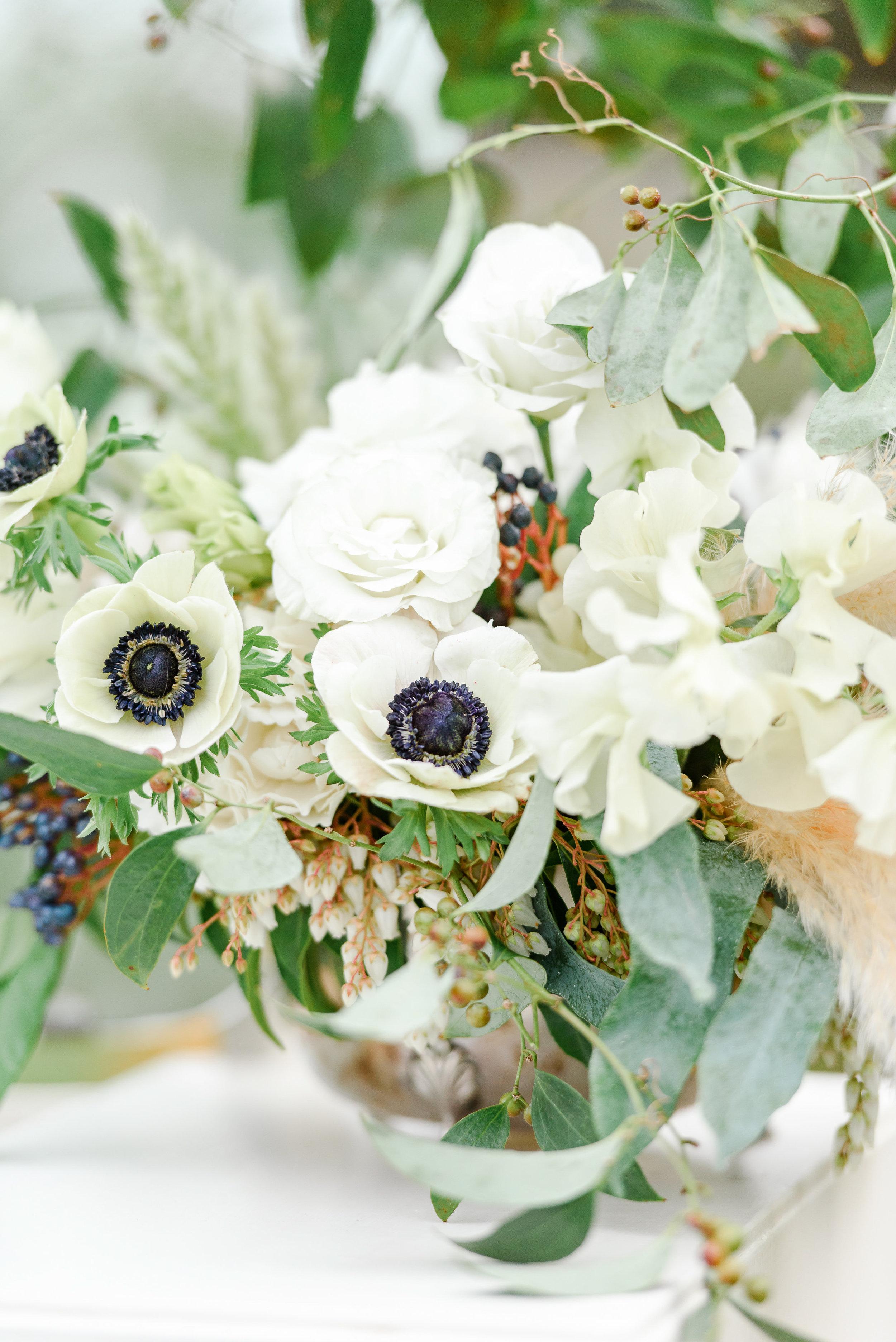 Spring Wedding Flowers | Anemomes