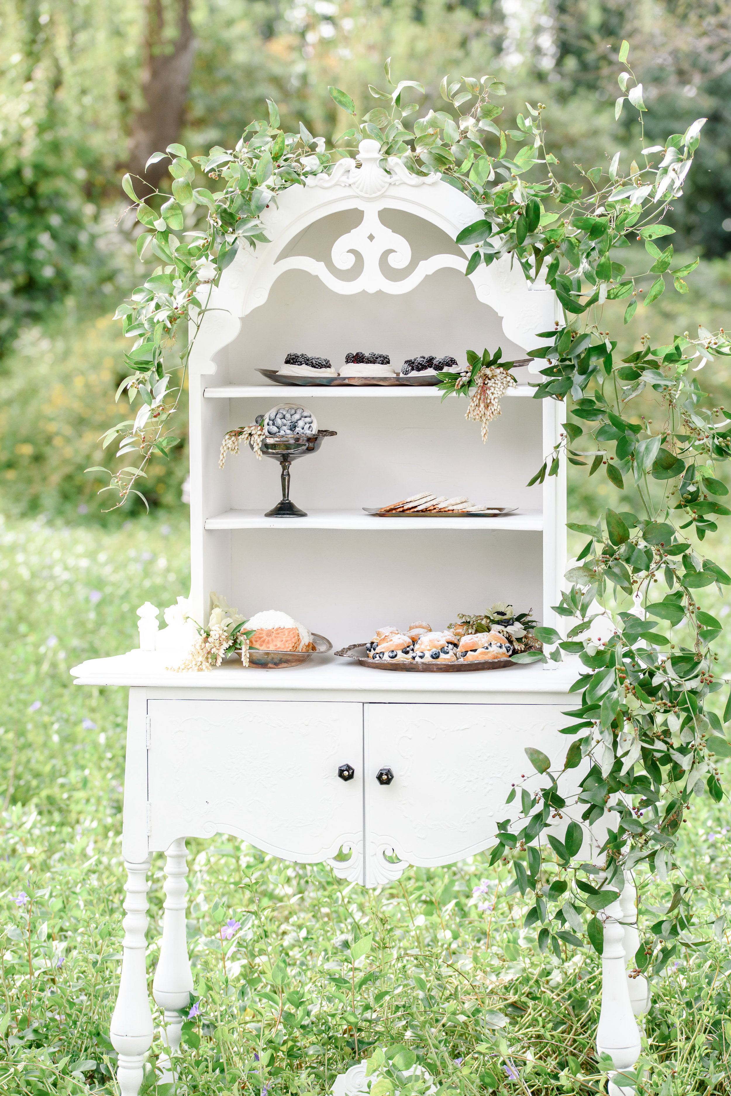 Garden Wedding Inspiration | Wedding Dessert Bar