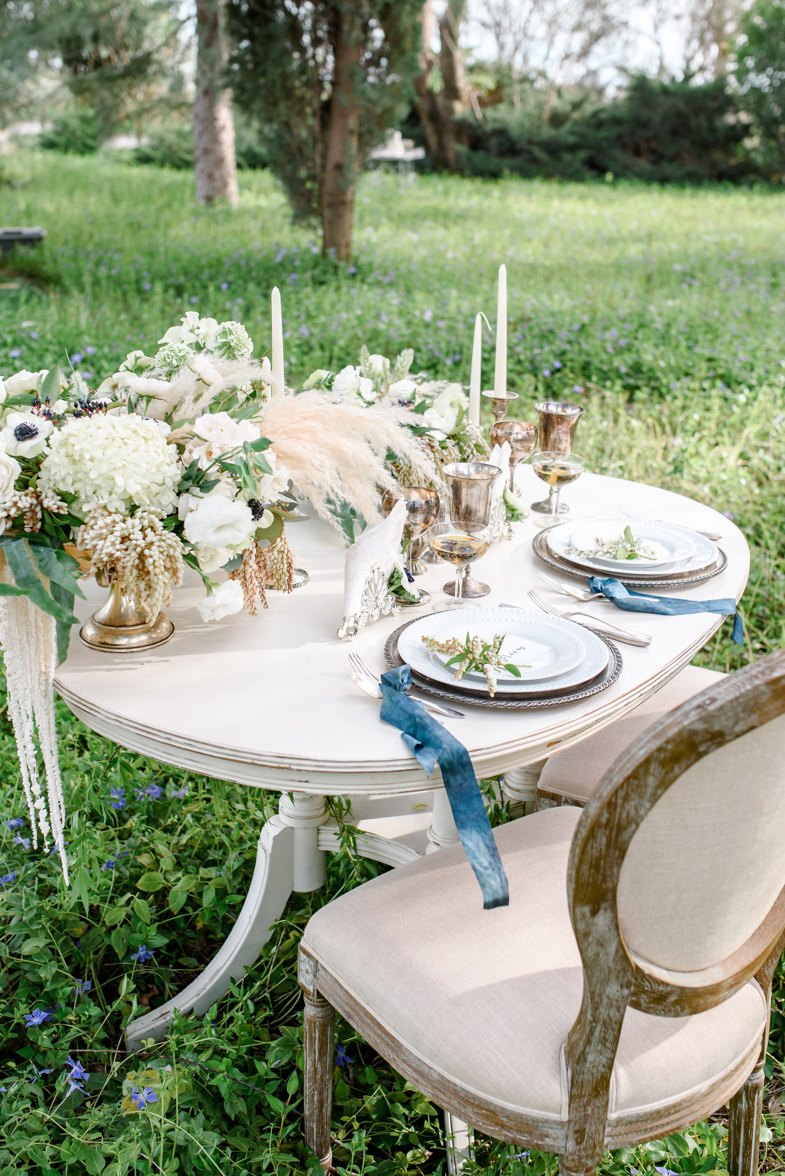 Sweetheart Wedding Table | Vintage Wedding Table Setting | Neutral Wedding Florals