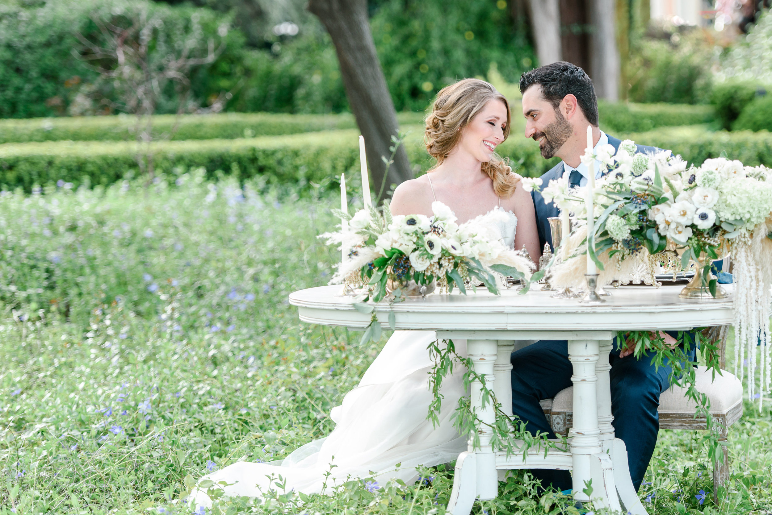 Sweetheart Wedding Table | Garden Wedding Inspiration | Neutral Wedding Colors