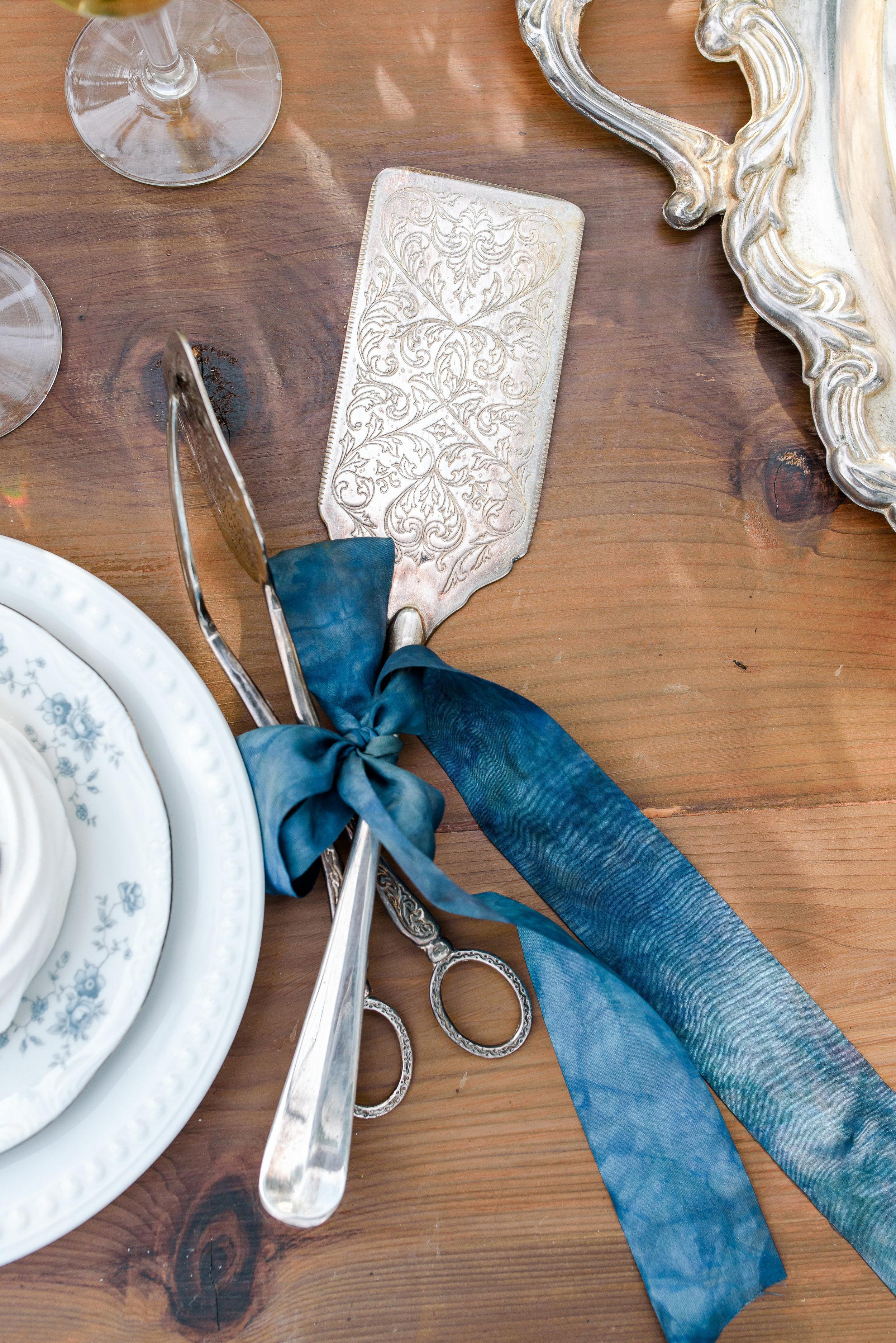 Wedding Cake Display | Wedding Cake Cutting Utensils | Blue Silk Ribbon