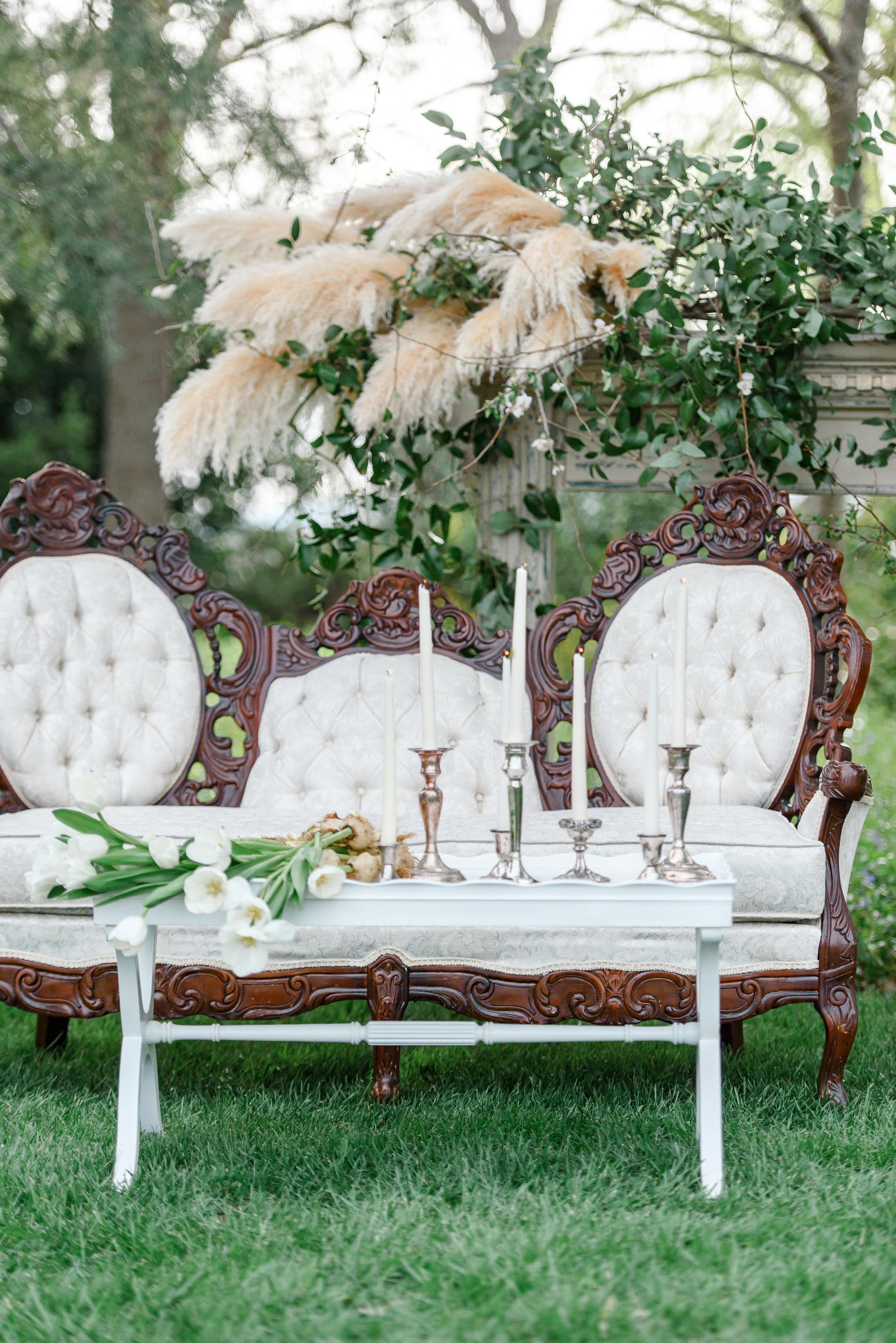 Garden Wedding Inspiration | Vintage Wedding Seating | Wedding Lounge Seating
