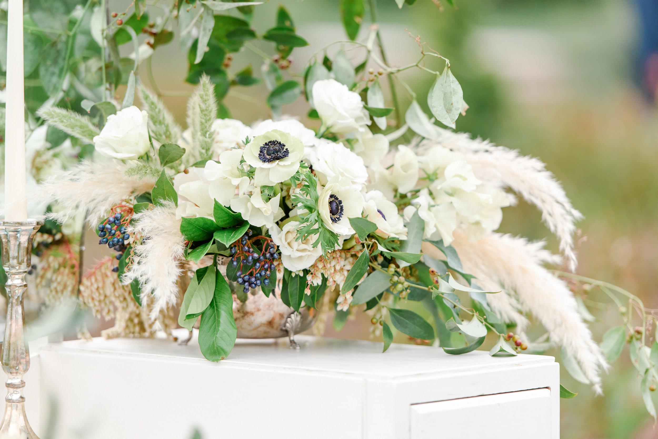 Unique Wedding Flowers | Pampas Grass | Neutral Wedding Florals