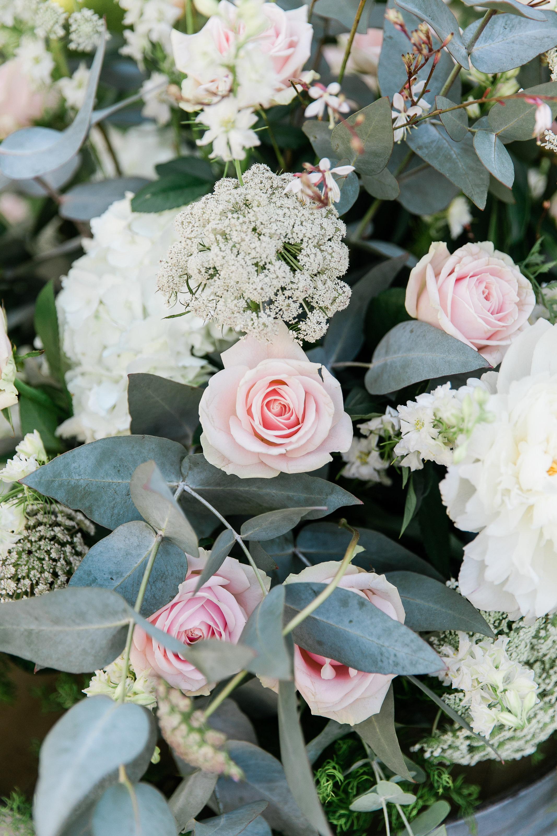 Park Winters Summer Wedding | Wedding Ceremony Flowers | Wedding Flower Arrangements | Pastel Wedding Flowers