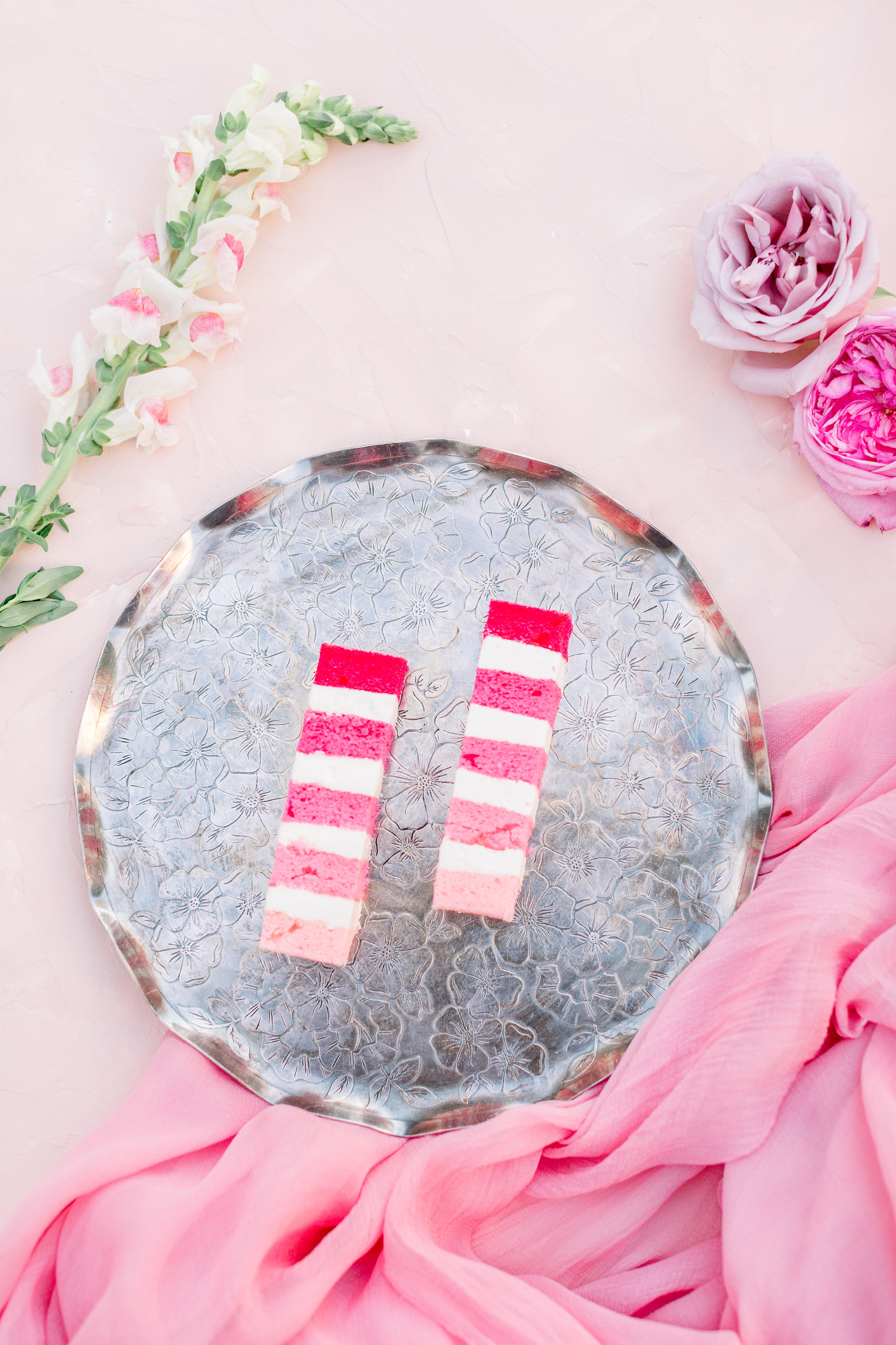Pink Wedding | Feminine Wedding | Spring Wedding | Pink Wedding Flowers | Wedding Cake | Pink Wedding Cake | Fondant Wedding Cake | Pink Ombre Cake | Unique Wedding Cake