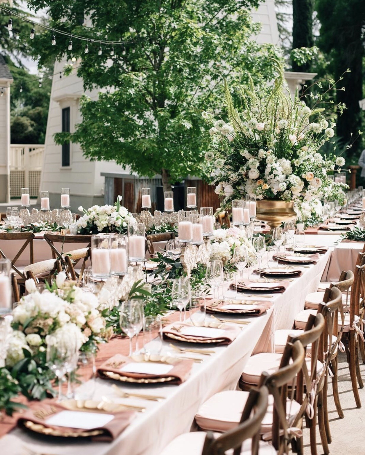 Football (and Super Bowl ads!) might be on the minds of many… but we are too busy thinking about the magical Spring weddings ahead! 🌸💍✨🏩🌳🌳 Photo:  @annaperevertaylo  | Florals:  @dixonflorist  | Coordination:  @alluring.events  | Linens:  @latavolalinen