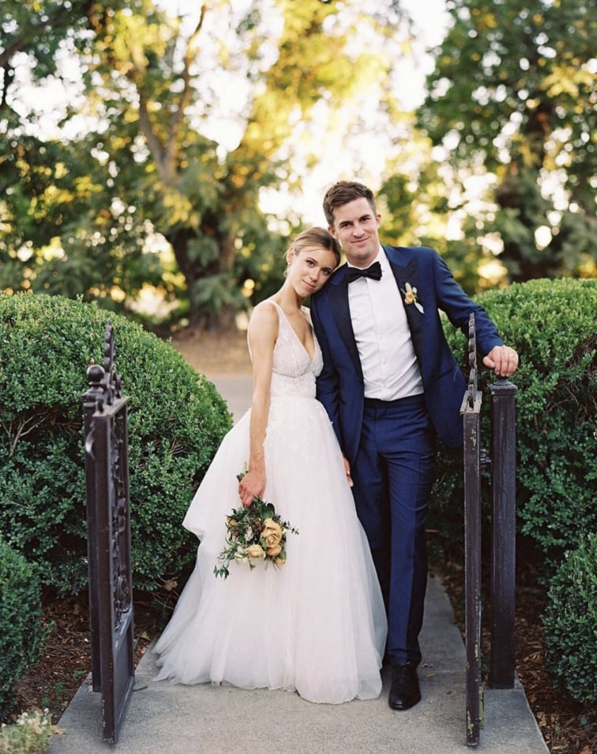 We've heard through the grapevine that this gorgeous couple will be featured on  @stylemepretty  very soon! 🙌🏼✨🏩🌳🌳 Photo:  @lynetteboyle  | Planning + Design:  @kaellalynn  | Florals:  @amandavidmardesign  |  Dress:  @moniquelhuillier