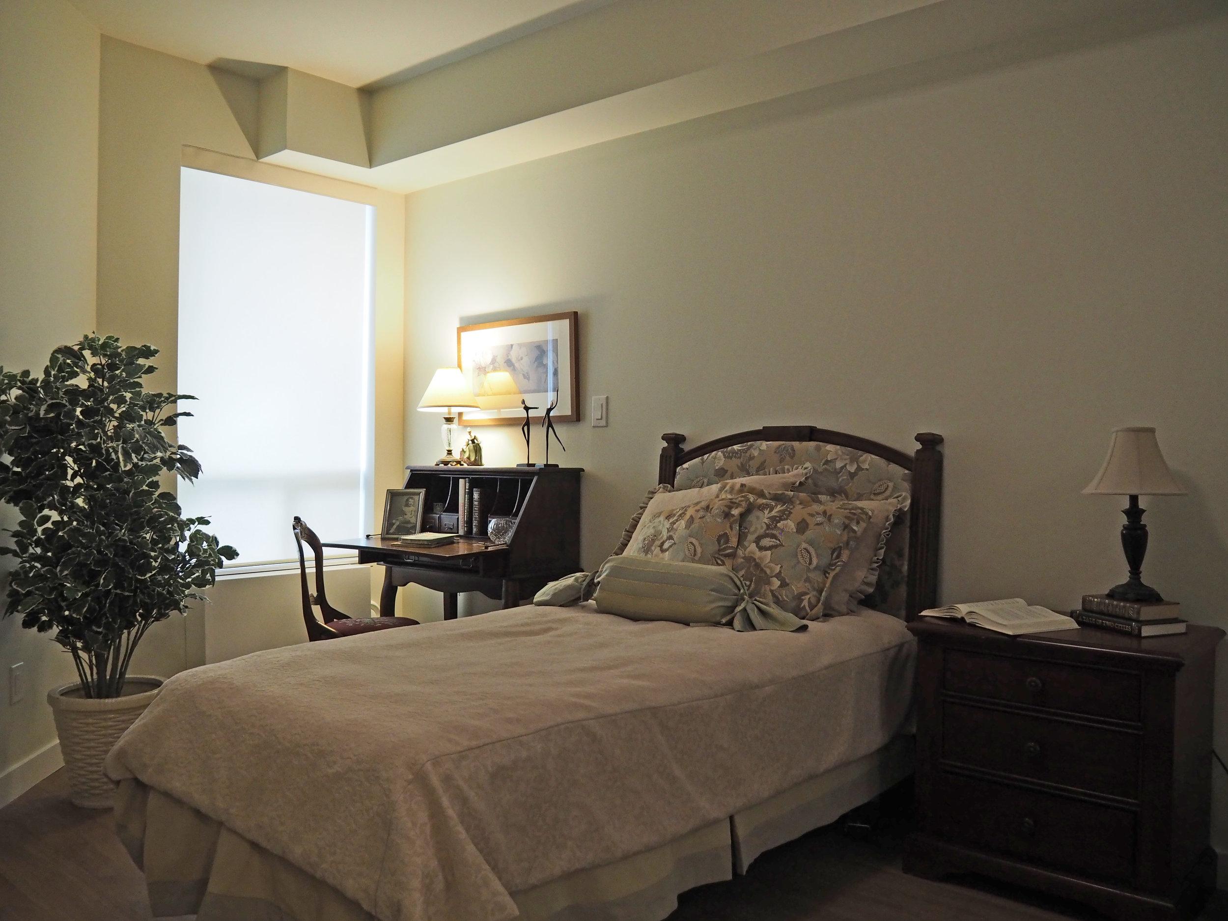 show suite bedroom V1.jpg