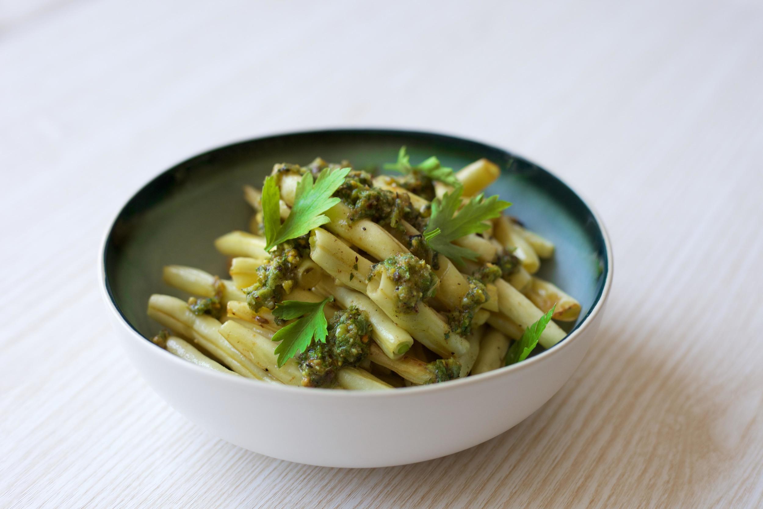 cannellini beans with pistachio gremolata