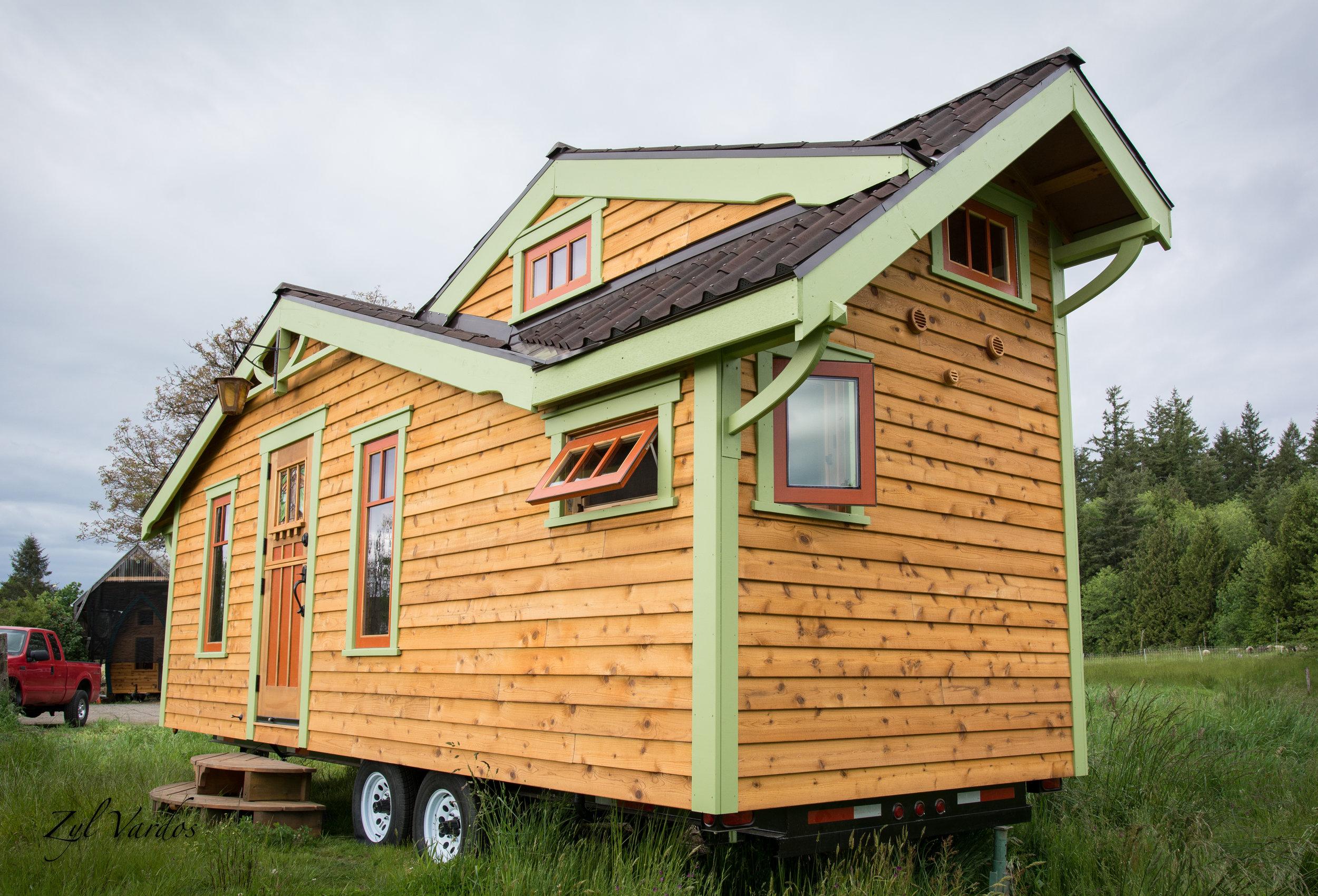 Zyl Vardos Tiny House l Living Tiny l Tiny Life Supply (1).jpg