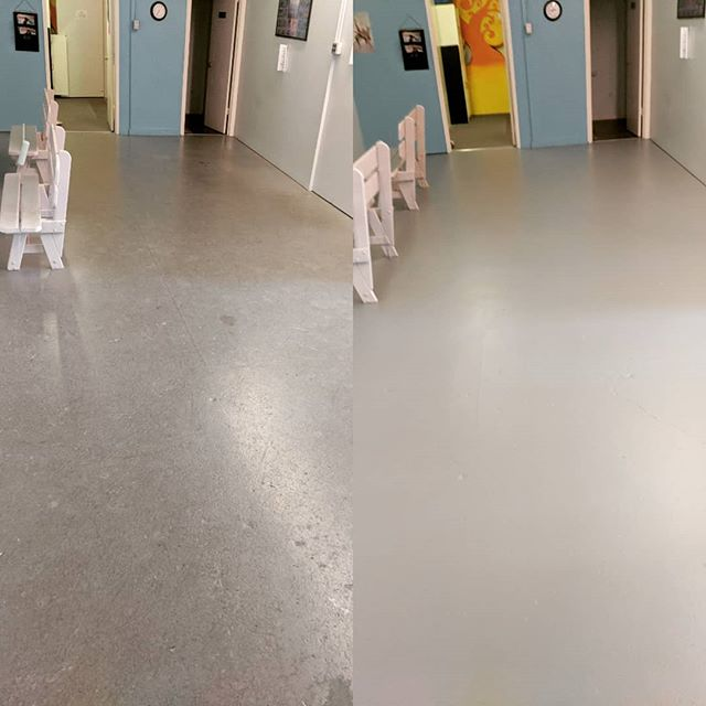 Before and after! So fresh and so clean! Happy Monday! #paintprojects