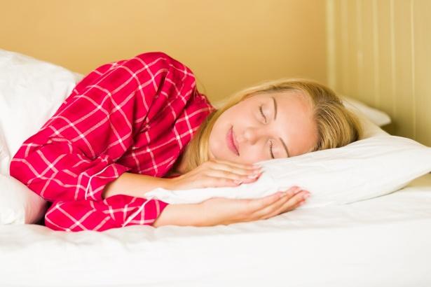 sleeping-woman-1489600204BQ8.jpg