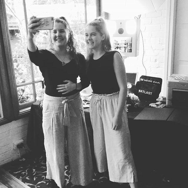Manda & Phil #weddings #photobooth @rosietreverton @celinamack @whitechapelestate @robinmayercelebrant @peninsula_cake_art @djpeterdoz