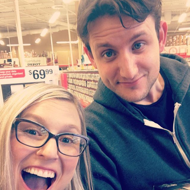 "Can't you tell I'm excited?! Ran into ""Jared"" from Silicon Valley... probably shopping for office supplies for Pied Piper. He's as polite in person as he is on the show. And yes, he's TALL. Thanks for the photo, Zach! @siliconHBO #starstruck"