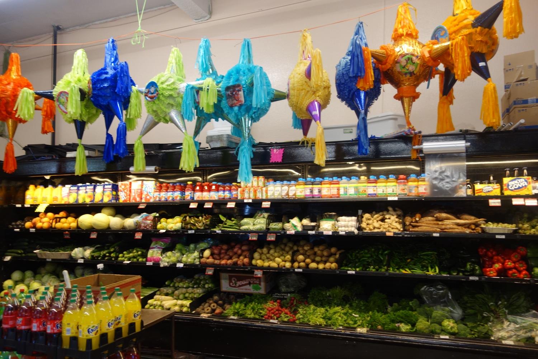 Ein lateinamerkianischer Supermarkt mit dulce de leche, alfajores und agua de Florida.