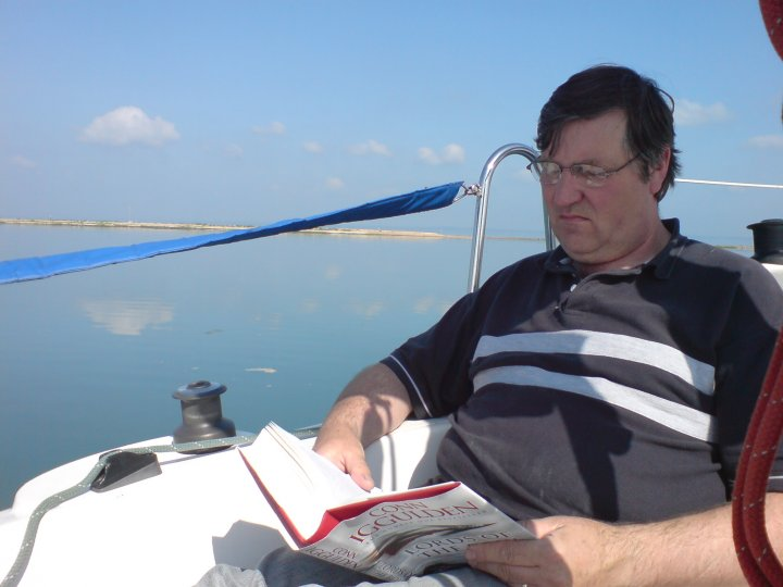sailing an reading - perfect.jpg