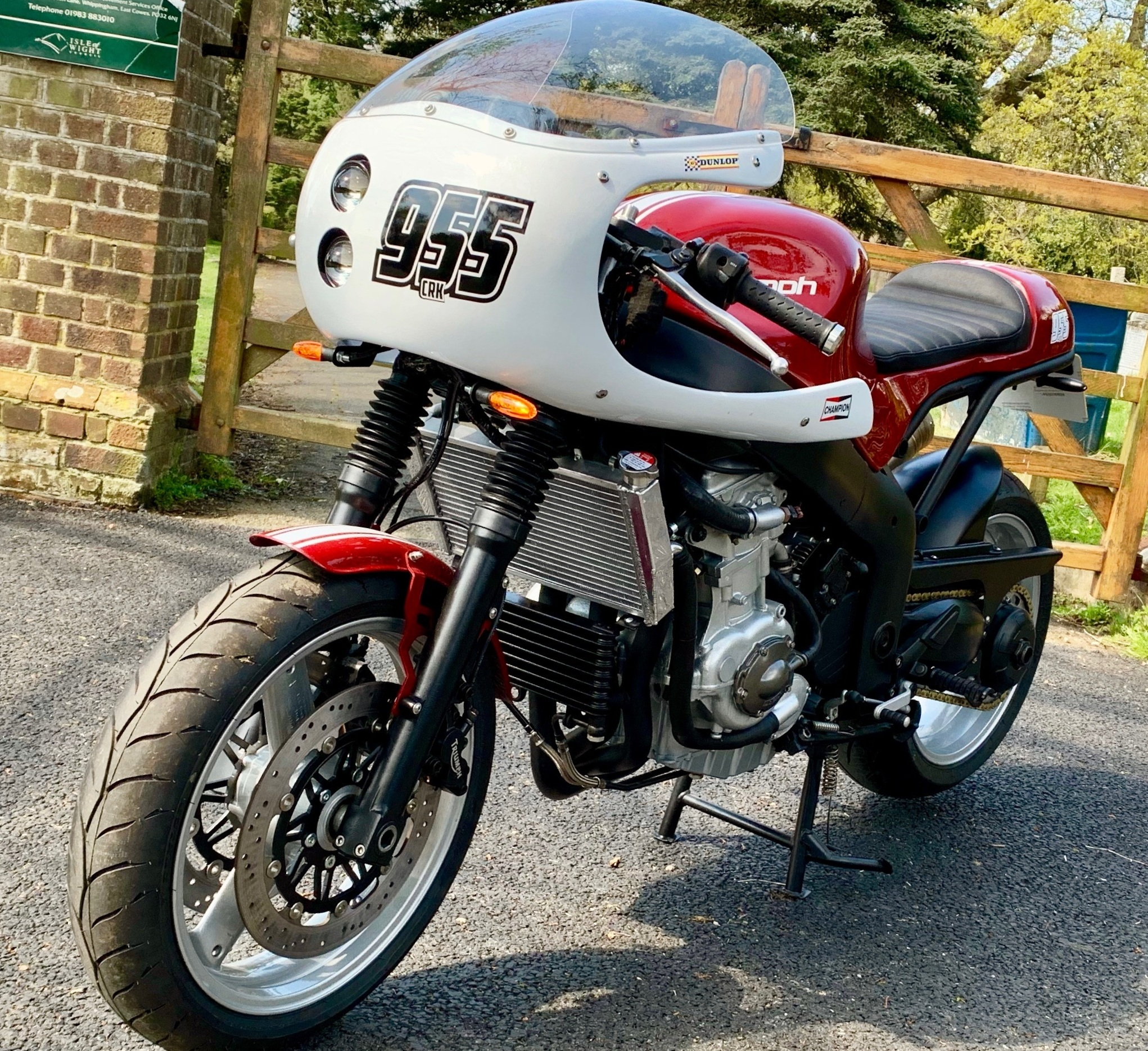 CRK launches a new kit - Triumph 955ST — Cafe Racer Kits and