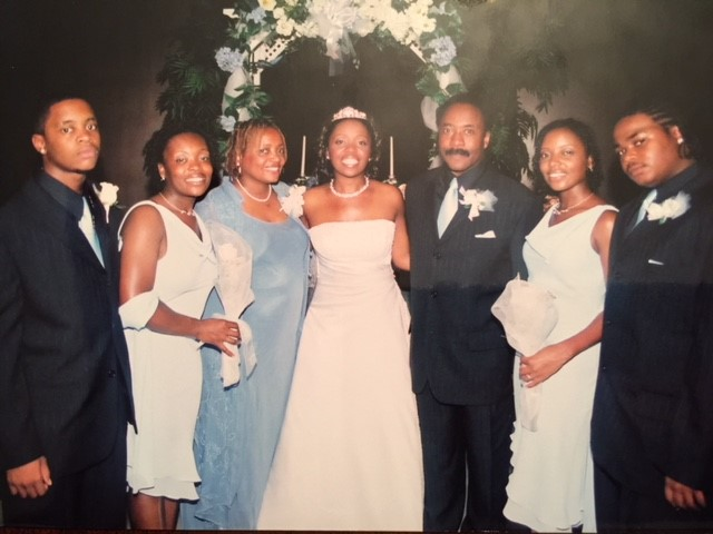 Bride, Parents and siblings.jpg